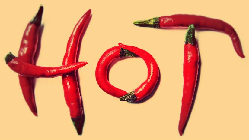hot-spicy-food-1kh53c2